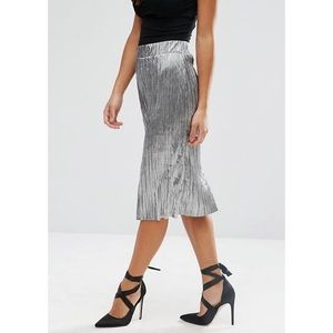 FINAL PRICE Metallic Silver Pleated Midi Skirt